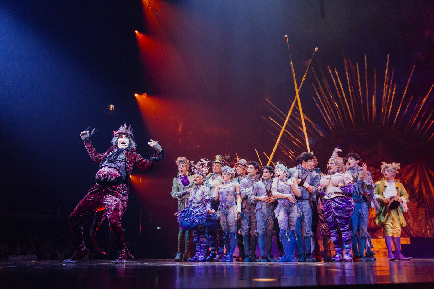 Cirque Review Pic